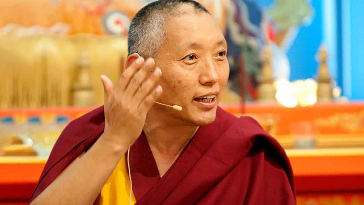 Khen Rinpoche Geshe Tashi Tsering, Tibetan Buddhist lama and teacher