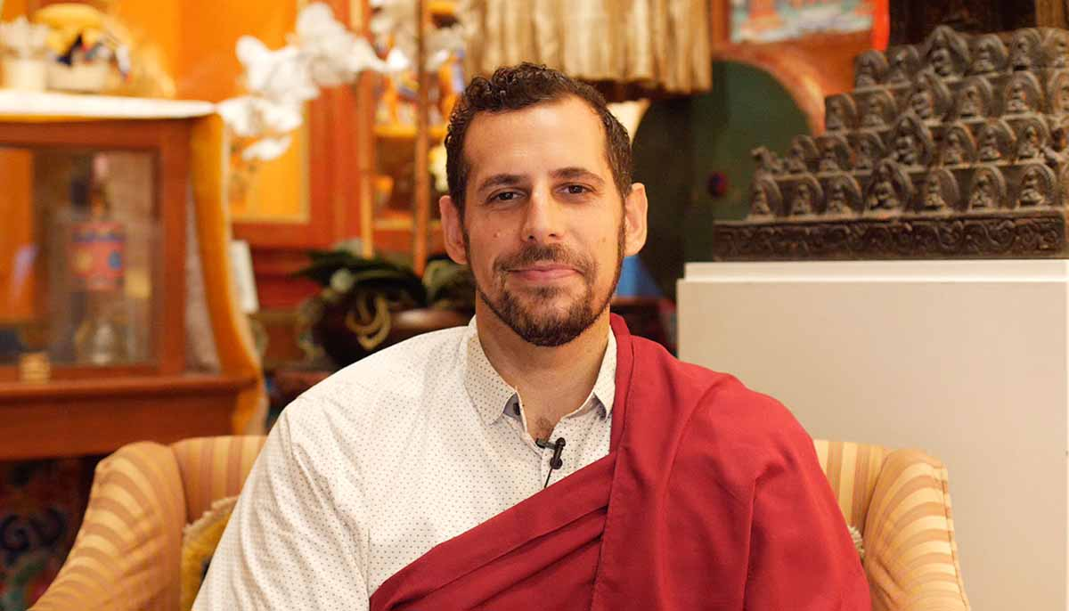 Scott Tusa, meditation teacher and former Tibetan Buddhist monk guiding meditation
