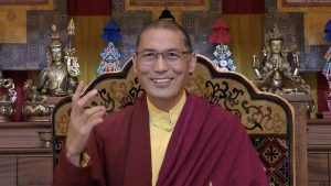 Dza Kilung Rinpoche guiding a meditation to relax the mind